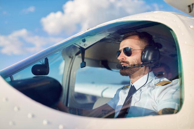 """Al via il concorso per le borse di studio """"Carlo Sbragi"""" dedicate ad aspiranti piloti"""